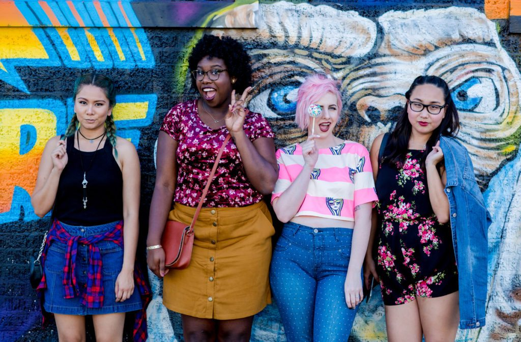 Diversity Chic: I Love the '90s | Stephanie Drenka