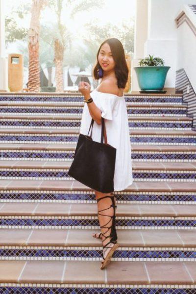 Little White Dress in Dubai   Stephanie Drenka