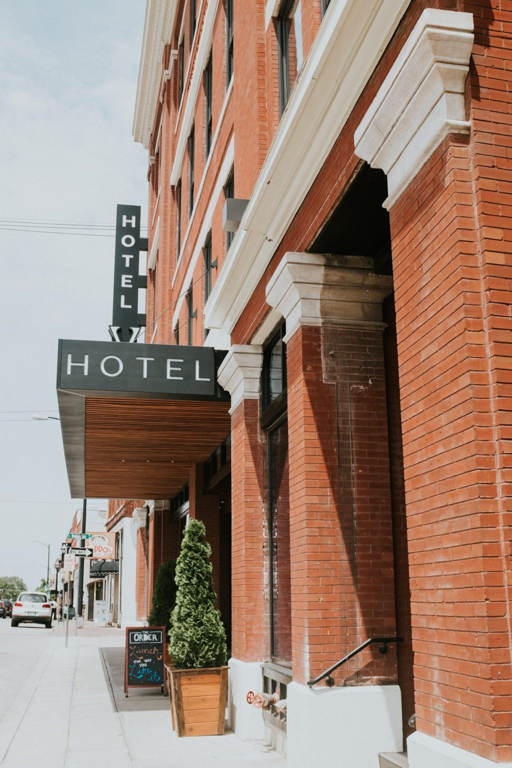 Hotel-Vandivort-Springfield-Missouri-9663