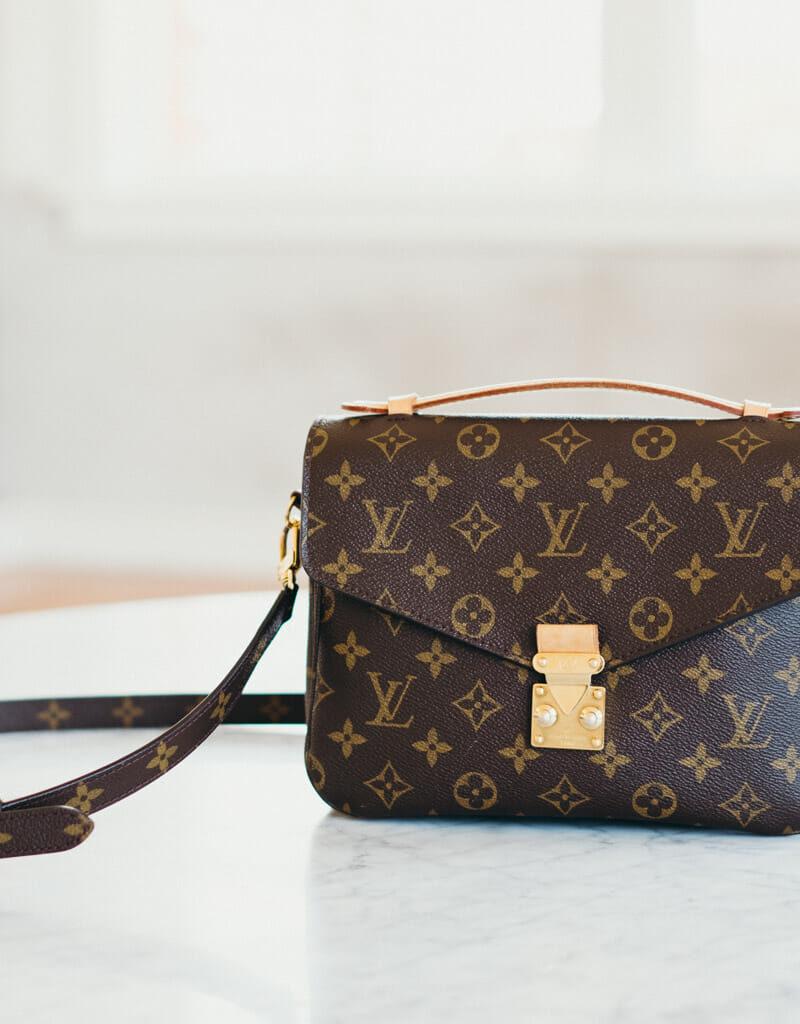 What's In My Purse: Louis Vuitton Pochette Metis