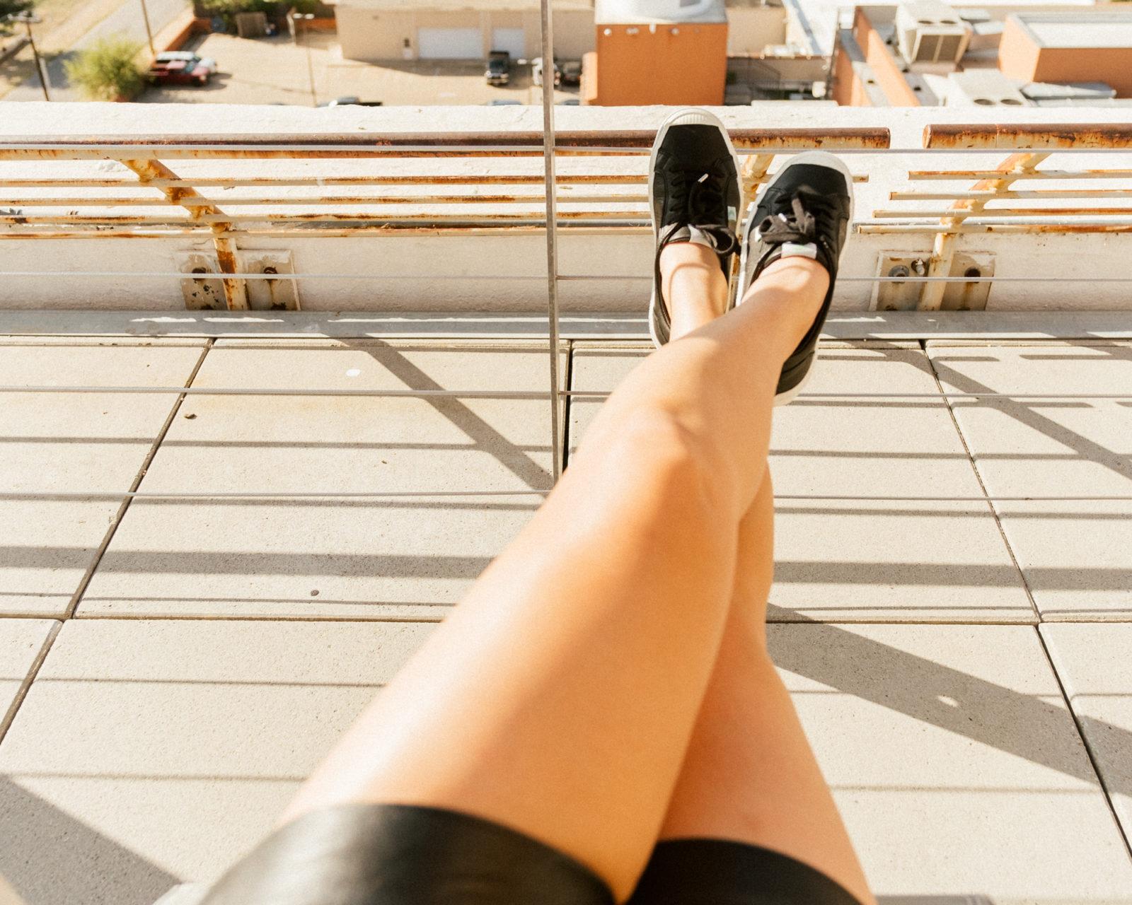 CARIUMA OCA Low Sneakers in Black Leather
