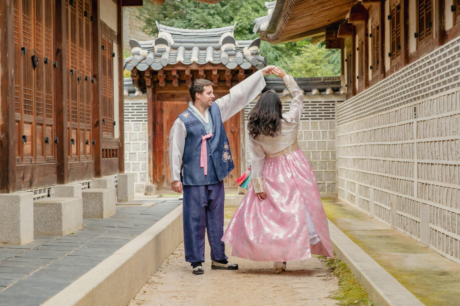 Korean hanbok photoshoot at Gyeongbokgung Palace